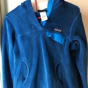 patagonia pullover with hood